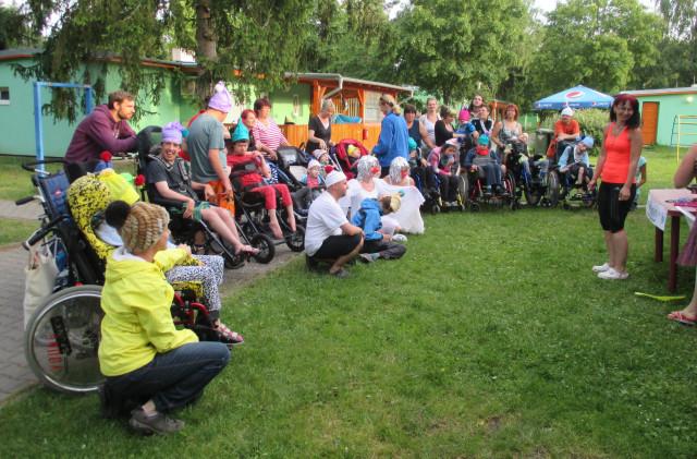 Speciální ortézy pro děti s postižením – společný dar klientům z Daru