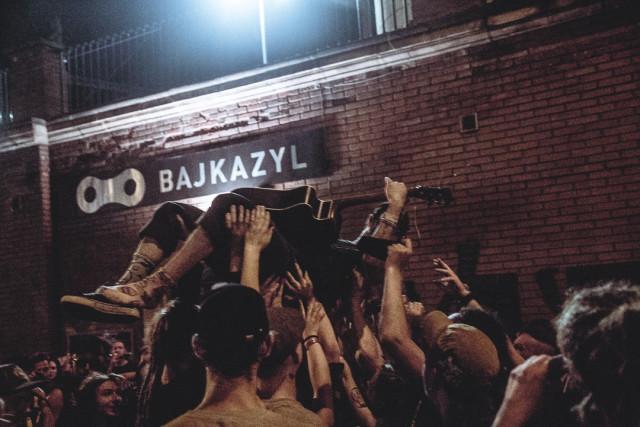 Podpořte nezávislý hudební klub, bar a cyklodílnu Bajkazyl Brno #kulturažije