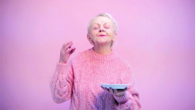 Udělejme radost opuštěným babičkám a dědečkům #davejber