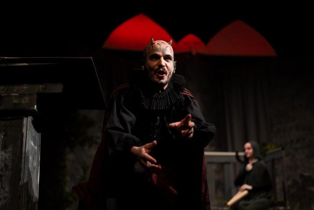 HUDILAS podporuje Divadlo Na Prádle #kulturažije