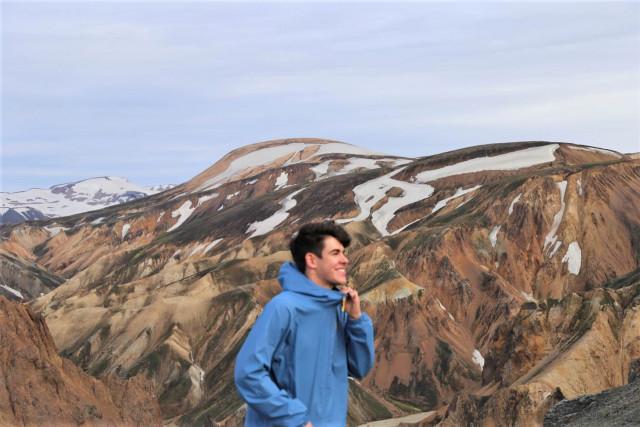 Podpořme Karla, který mluví 8 jazyky, v jeho studiu na prestižních univerzitách v USA
