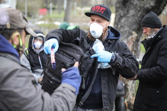 Pomozme Armádě spásy získat prostředky na roušky a dezinfekční prostředky