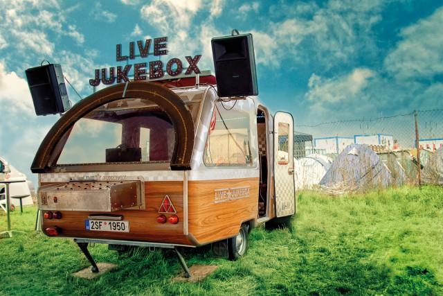 Live Jukebox: Kapitán Demo