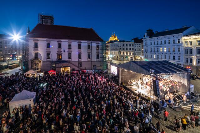 Zpěv a radost - podpořme festival Svátky Písní