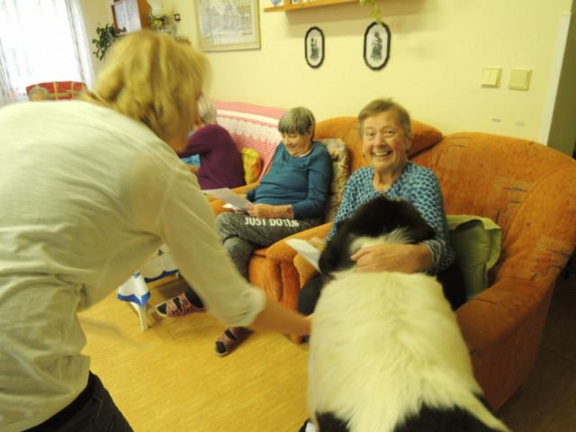 Podpořili jste Dotek, kde pečují o seniory s láskou a úctou