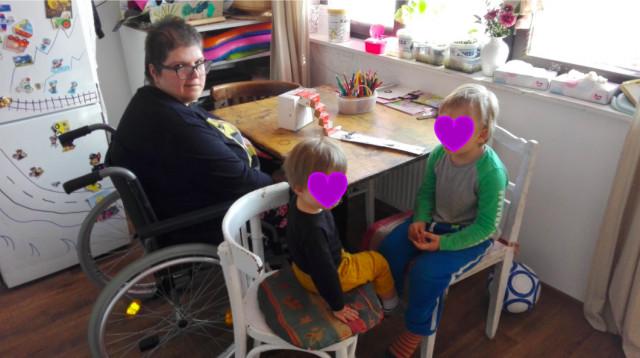 Pomohli jste rodině s malými dětmi a maminkou na vozíku