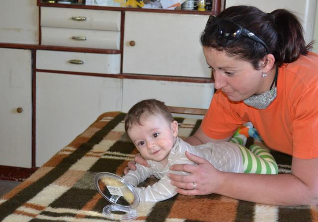 Mareček potřebuje podstoupit speciální terapii, aby se naučil jíst