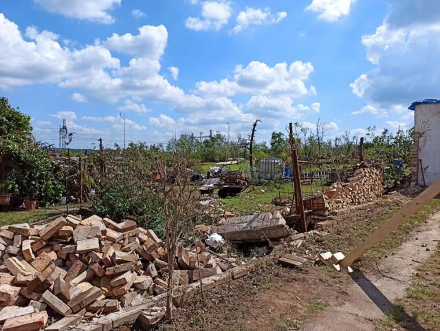 Pomoc Vlkovým – pro babičku s dědou po tornádu v Lužicích