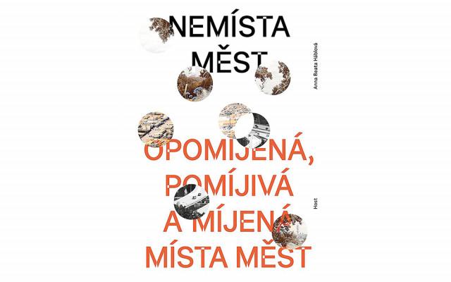 Kniha Nemísta měst s podpisem Anny Beaty Háblové