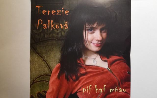 Omalovánky + CD s kódem + CD Moje první tango a CD Pif haf mňau