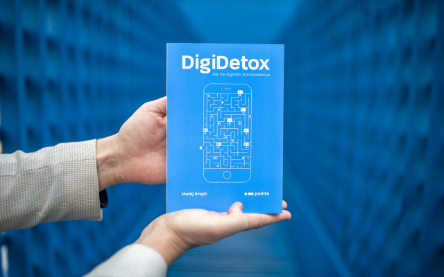Book DigiDetox - a guide to digital minimalism