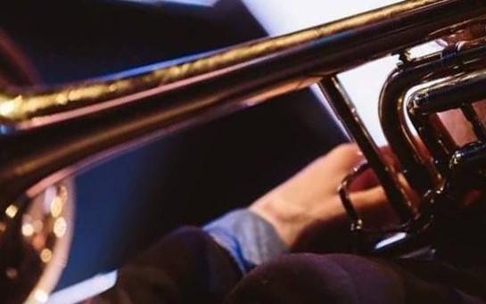 Slavnostní fanfára k příležitosti dle vašeho uvážení v obsazení žesťového kvinteta složeného z našich hráčů