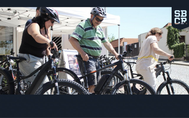 Půjčení elektrokol Specialized nebo Trek na den pro dva od firmy Ski a Bike Centrum Radotín