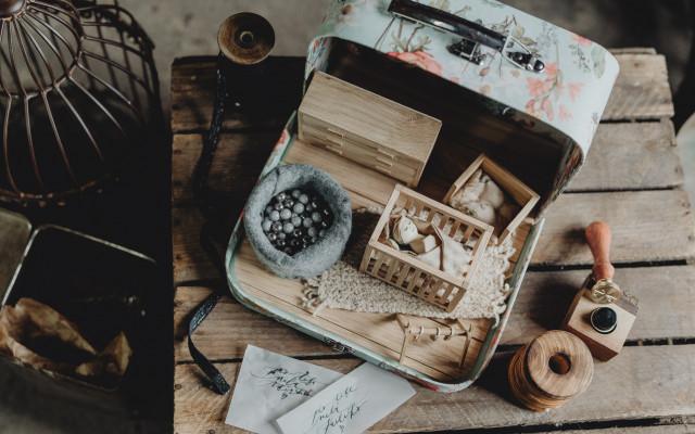 Osobitý pokojíček v kufříku podle sebe