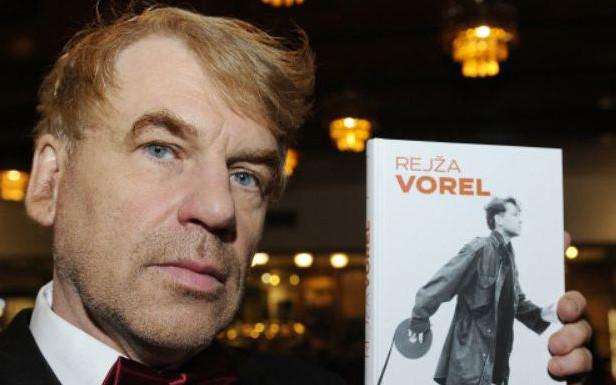 Kniha Rejža Vorel podepsaná Tomášem Vorlem