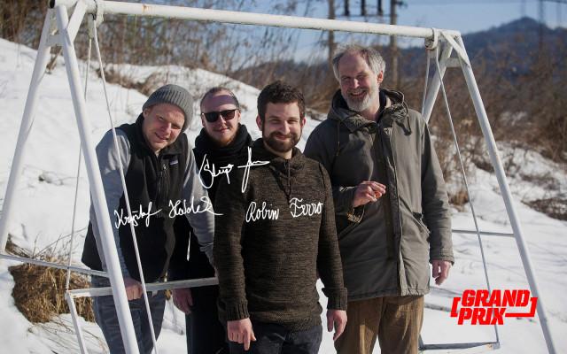 Pohled z výletu podepsaný naším hereckým triem