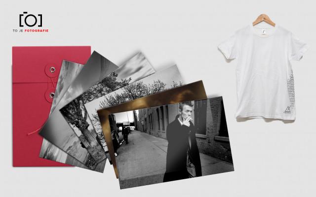To je sada pohlednic s fotkami 400 ASA + bílé tričko MTRNM